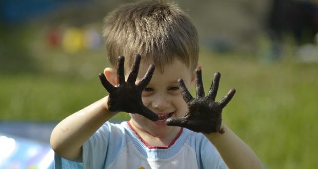 грязные руки у детей